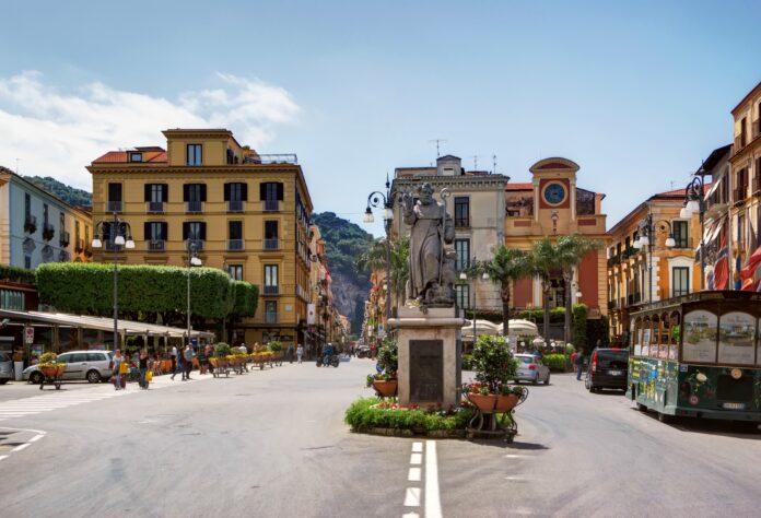 Sorrento, Piazza Tasso